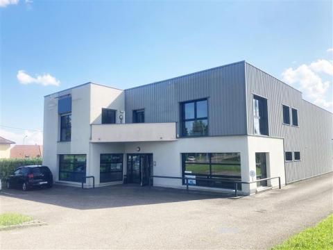 Lumineux bureaux à louer à Rosheim - Strasbourg Sud