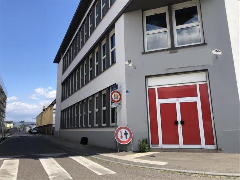 Immeuble de bureaux à louer à la Meinau - Strasbourg