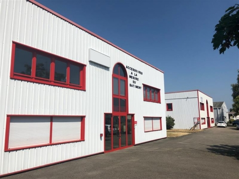 Location Entrepôts HOERDT - Photo 2