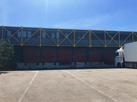 Bâtiment d'activité à louer - Port du Rhin - Idéal messagerie