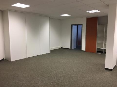 Location Bureaux ENTZHEIM - Photo 3
