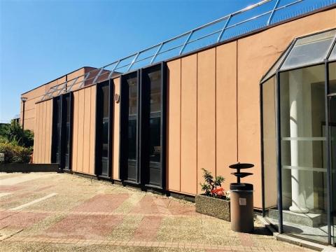 Plateau de bureaux brut - à louer - Terrasse des Halles à Strasbourg