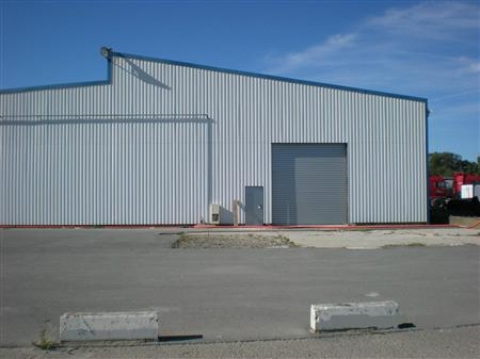 Location Entrepôts BASSENS - Photo 1