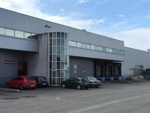 Location Entrepôts BORDEAUX - Photo 2