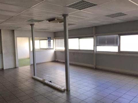 Location Entrepôts BORDEAUX - Photo 4
