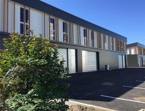 Location Activités Entrepôts BEGLES - Photo 2