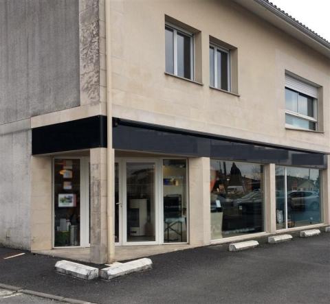 Location Commerces PESSAC - Photo 5