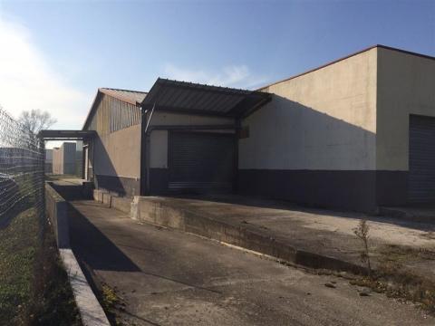 Location Activités Entrepôts BLANQUEFORT - Photo 4