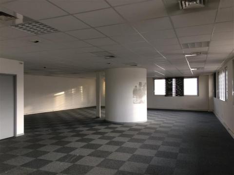 Location Bureaux PESSAC - Photo 4