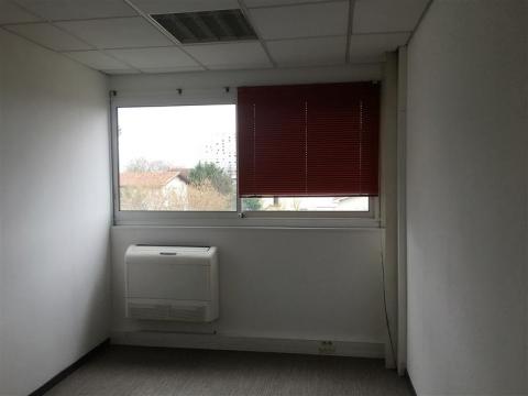 Location Bureaux LORMONT - Photo 5