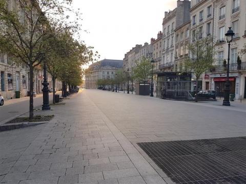 Location Commerces BORDEAUX - Photo 6