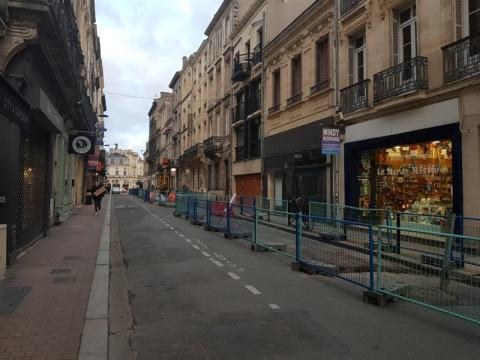 Location Commerces BORDEAUX - Photo 1