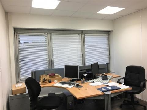 Vente Investisseur Bureaux MERIGNAC - Photo 3