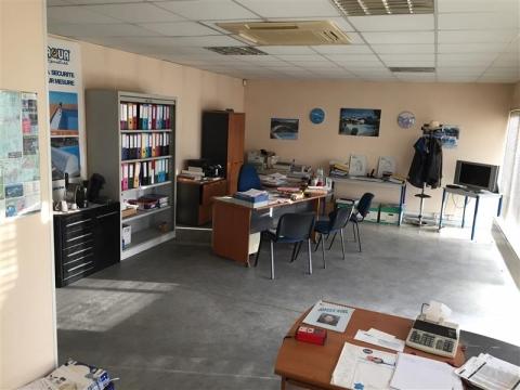 Location Activités Entrepôts SAINT JEAN D'ILLAC - Photo 3