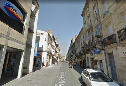 A LOUER - LOCAL COMMERCIAL - 110 m²