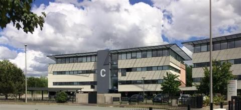 A LOUER - BUREAUX - 300 m²