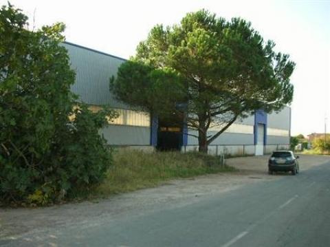 Location Entrepôts SAINT PIERRE D'AURILLAC - Photo 1