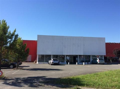 Location Commerces TRELISSAC - Photo 1