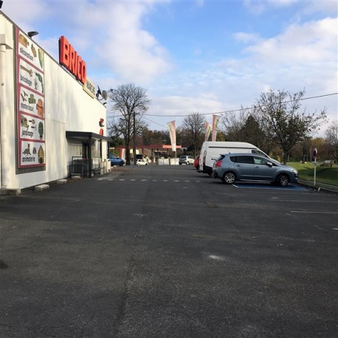 Location Commerces PONS - Photo 2