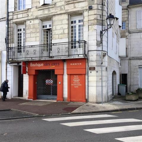 Location Commerces SAINTES - Photo 5