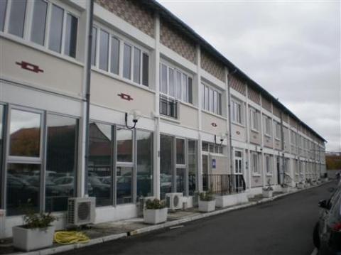 Location Activités Entrepôts BEZONS - Photo 1