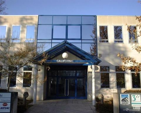 Location Bureaux ERAGNY - Photo 1