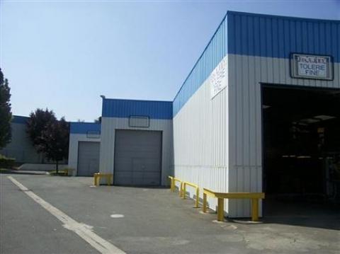 Location Activités Entrepôts SARTROUVILLE - Photo 1