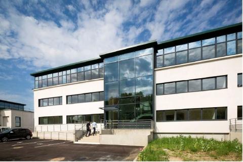 Location Bureaux VILLENEUVE LA GARENNE - Photo 1