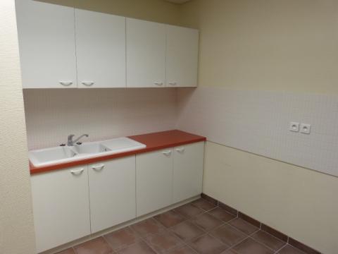 Location Bureaux SAINT CONTEST - Photo 6