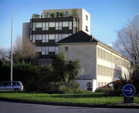 Location Bureaux CAEN - Photo 1