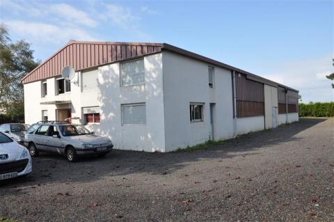 Vente Investisseur Entrepôts MEZIDON CANON - Photo 1