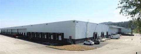 Entrepôt logistique divisible à vendre ou à louer au Sud de Lyon - Saint-Quentin-Fallavier