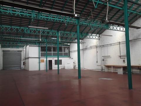Locaux d'activités à vendre ou à louer à Sud-Est de Lyon - Arsenal - Vénissieux  (69200)