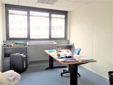 Location Bureaux VILLEURBANNE - Photo 2