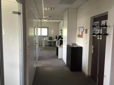 Location Bureaux SAINT PRIEST - Photo 3