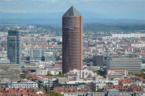 Surfaces de bureaux à louer dans immeuble emblématique de Lyon et au coeur de la Part-Dieu