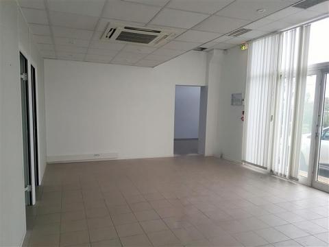 Location Bureaux AUBAGNE - Photo 3
