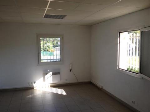 Location Bureaux et activités légères AUBAGNE - Photo 5