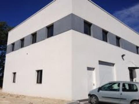 Location Activités Entrepôts EGUILLES - Photo 2