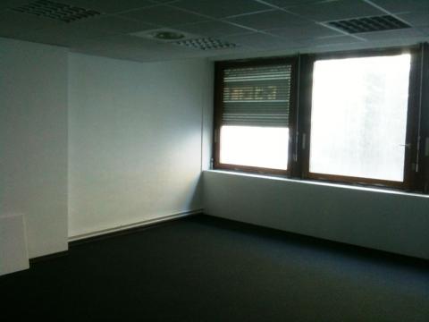 Location Bureaux MARSEILLE - Photo 2