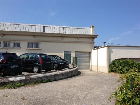 Location Activités Entrepôts MARSEILLE - Photo 2