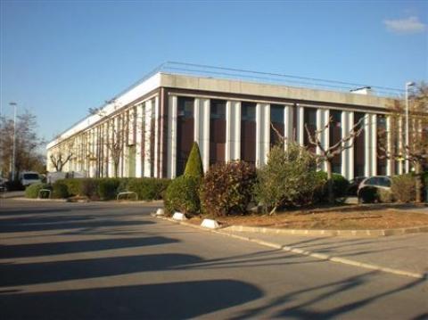 Location Bureaux et activités légères VITROLLES - Photo 1