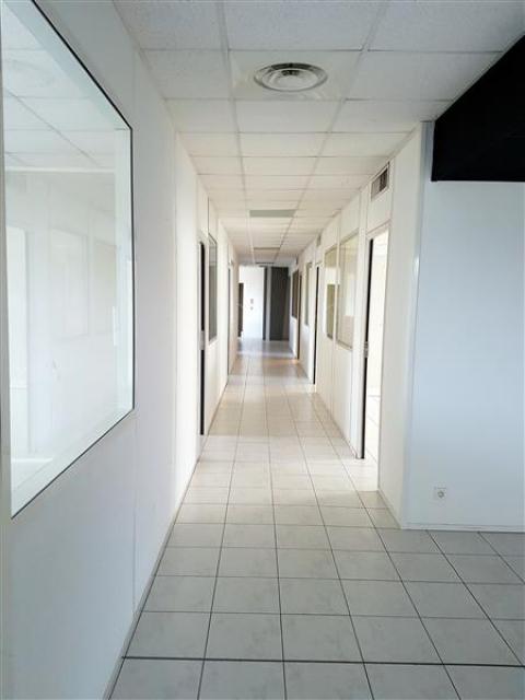 Location Entrepôts AUBAGNE - Photo 3
