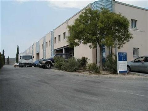 Location Activités Entrepôts VITROLLES - Photo 1