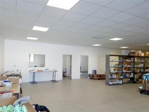Location Bureaux et activités légères MARSEILLE - Photo 4