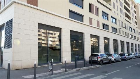 Location Commerces MARSEILLE - Photo 1