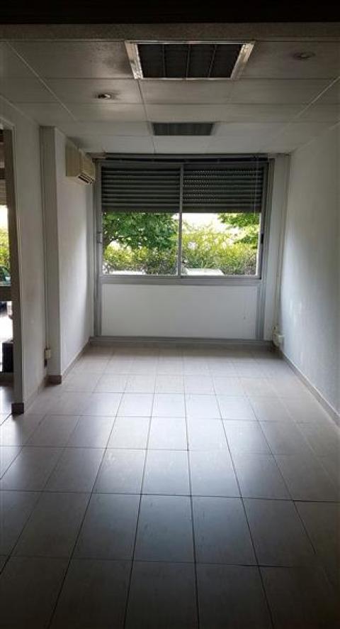 Location Bureaux AUBAGNE - Photo 2