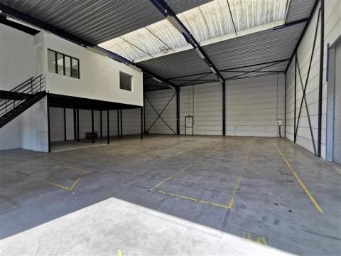 Location Entrepôts RONCQ - Photo 2