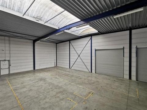 Location Entrepôts RONCQ - Photo 3