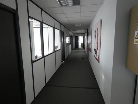 Location Bureaux AVELIN - Photo 7
